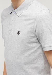 Selected Homme - SLHARO EMBROIDERY - Polo shirt - light grey melange - 4