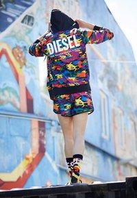 Diesel - PRIDE BMOWT-BRANDONX-Z-P UNISEX - Zip-up sweatshirt - multi-coloured - 1