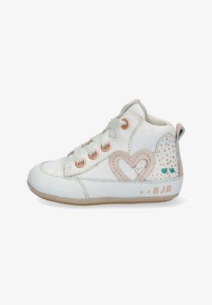 ZUSJE ZACHT - Baby shoes - white