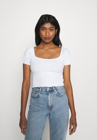 Hollister Co. - CAP SLEEVE SMOCK - Camiseta estampada - white - 0