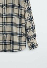 Massimo Dutti - SLIM FIT - Shirt - beige - 6