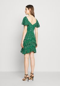 Three Floor - ELSIE DRESS - Kjole - jelly bean green - 3