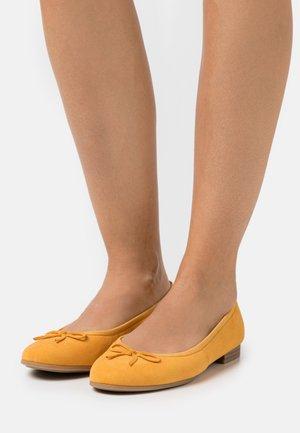 Ballerinat - mango