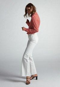 Oui - Button-down blouse - red white - 4