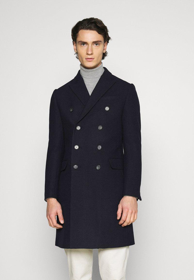 Isaac Dewhirst - PEAK COAT - Classic coat - dark blue