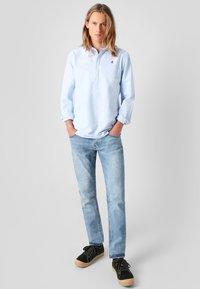Scalpers - POLERA  - Shirt - sky blue - 1
