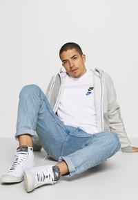Nike Sportswear - Bluza - white - 3