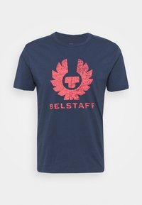 Belstaff - COTELAND  - T-shirt con stampa - deep indigo/flare - 0