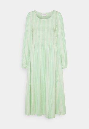 ALISHA LONG DRESS - Jurk - quiet green