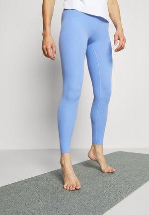 THE YOGA LUXE 7/8 - Leggings - royal pulse/aluminum