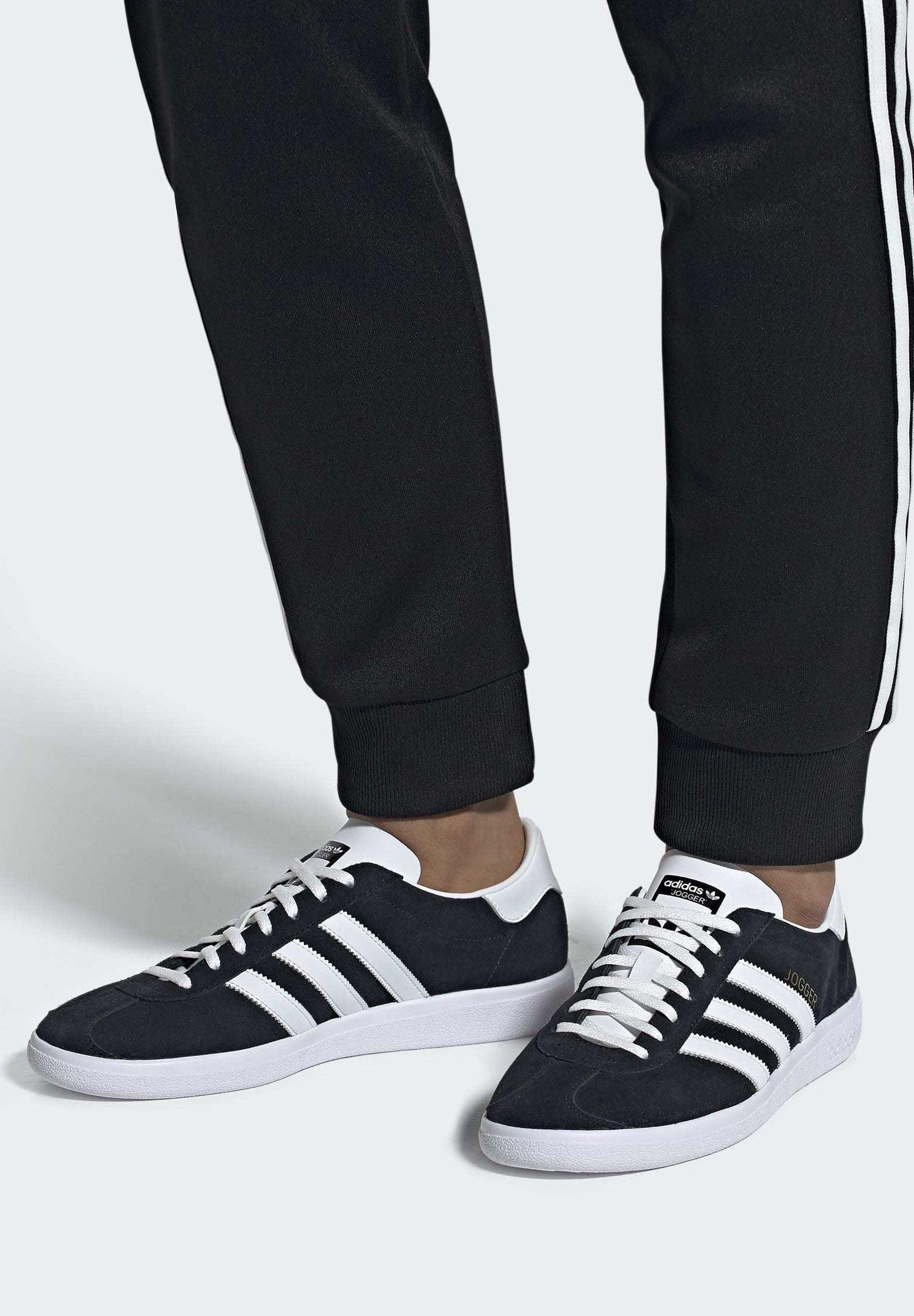adidas Originals JOGGER SHOES - Baskets basses - black/noir ...