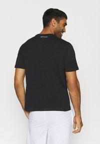 sergio tacchini - FELUGA - Print T-shirt - black/botanical - 2