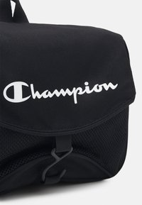 Champion - LEGACY BEAUTY CASE - Wash bag - black - 4