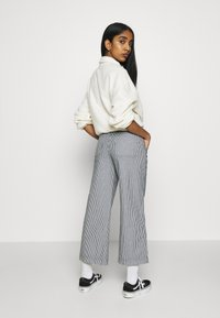 Vans - BARRECKS PANT - Trousers - light blue - 2