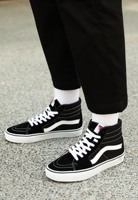 Vans - SK8-HI - High-top trainers - black - 5