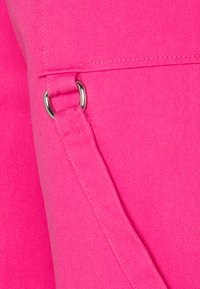 The Ragged Priest - PANT D-RING STRAP DETAILS - Kalhoty - pink - 2