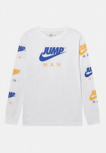 JUMPMAN TRIPLE THREAT - Topper langermet - racer blue/white