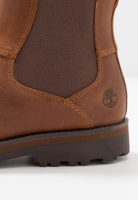 Timberland - COURMA CHELSEA - Korte laarzen - medium brown - 2