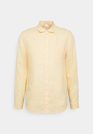 Linen Shirt - Vapaa-ajan kauluspaita - apricot