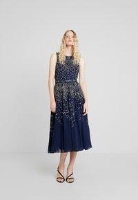 Lace & Beads - EELIA MIDI DRESS - Robe de soirée - navy - 2