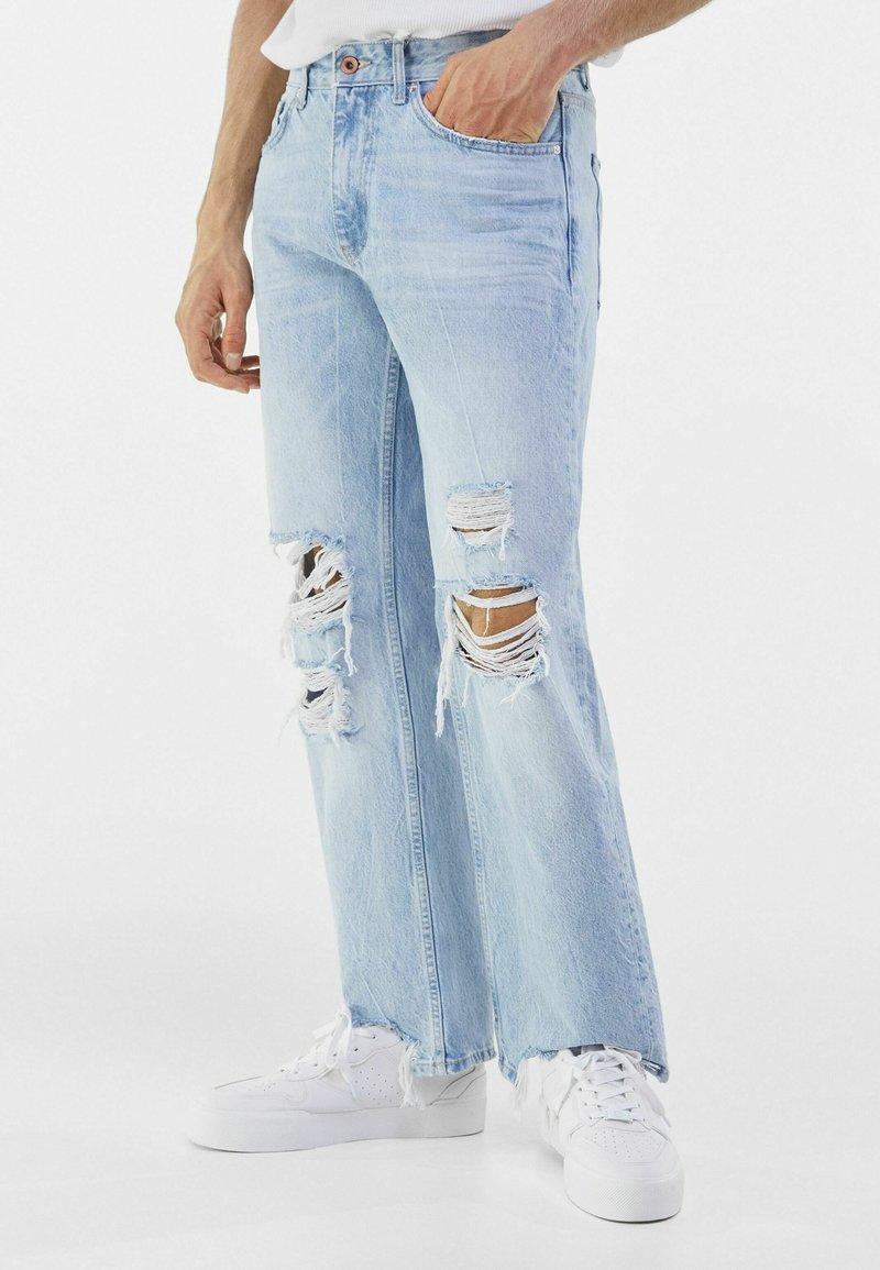 Bershka - Jeans a sigaretta - light blue