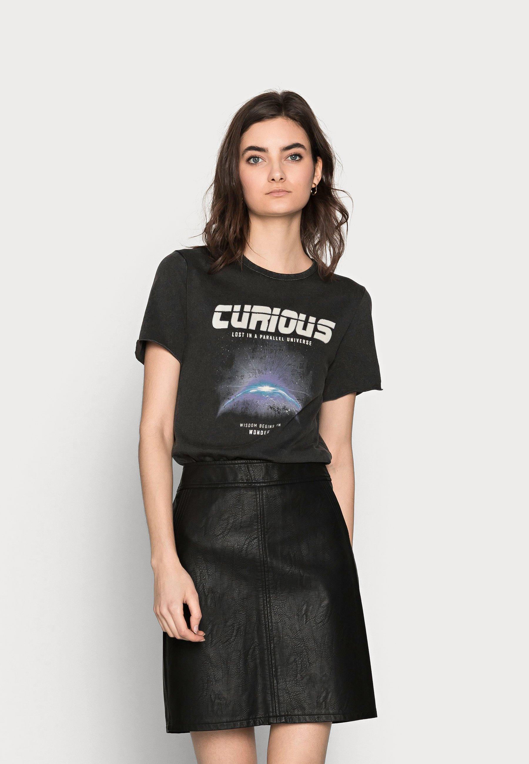 Women ONLLUCY LIFE SPACE BOX - Print T-shirt