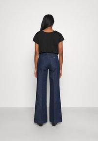 Rolla's - EASTCOAST - Flared Jeans - press blue - 2