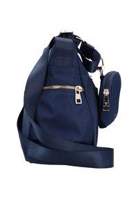 Roncato - Across body bag - navy - 3