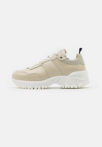 AFRIA  - Sneakers laag - offwhite