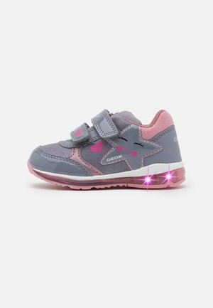 TODO GIRL - Matalavartiset tennarit - grey/pink