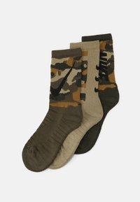 EVERYDAY MAX CREW 3 PACK UNISEX - Sportovní ponožky - multicolor