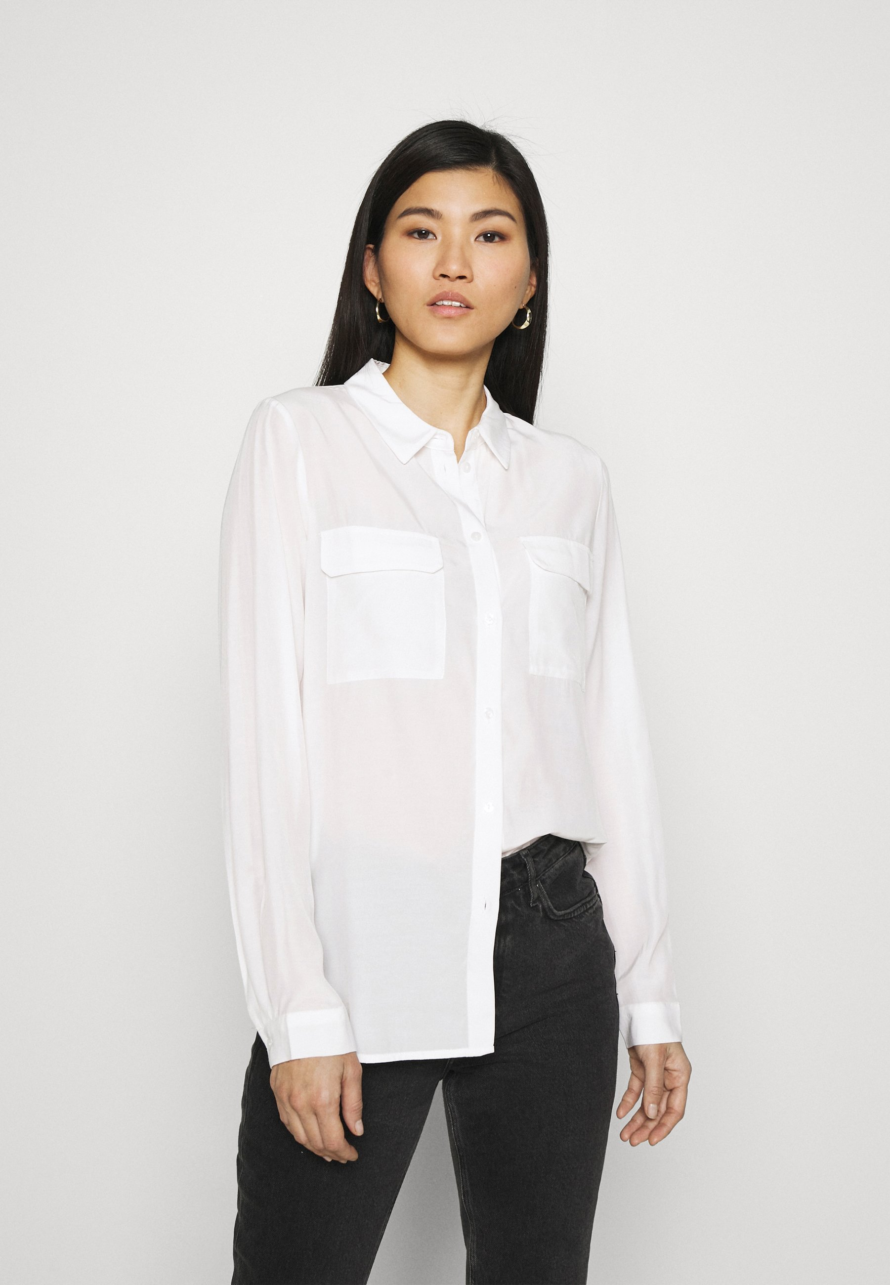 Women Basic Blouse with front pockets - Button-down blouse