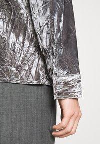 Martin Asbjørn - JOSHUA SHIRT - Shirt - silver grey - 5