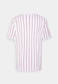 Karl Kani - SMALL SIGNATURE UNISEX  - T-shirt con stampa - white - 7