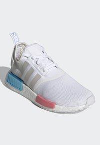 adidas Originals - NMD_R1  - Joggesko - footwear white/grey one/hazy rose - 2