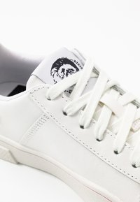 Diesel - S-CLEVER LOW LACE W - Sneakers basse - white - 2