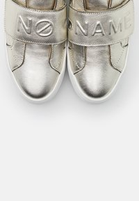 No Name - SPICE EASY - Trainers - gold - 5