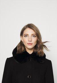 Forever New - LINDA DOLLY - Classic coat - black - 4