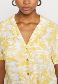 Hollister Co. - RESORT TEXTURE UPDATE - Button-down blouse - yellow - 5