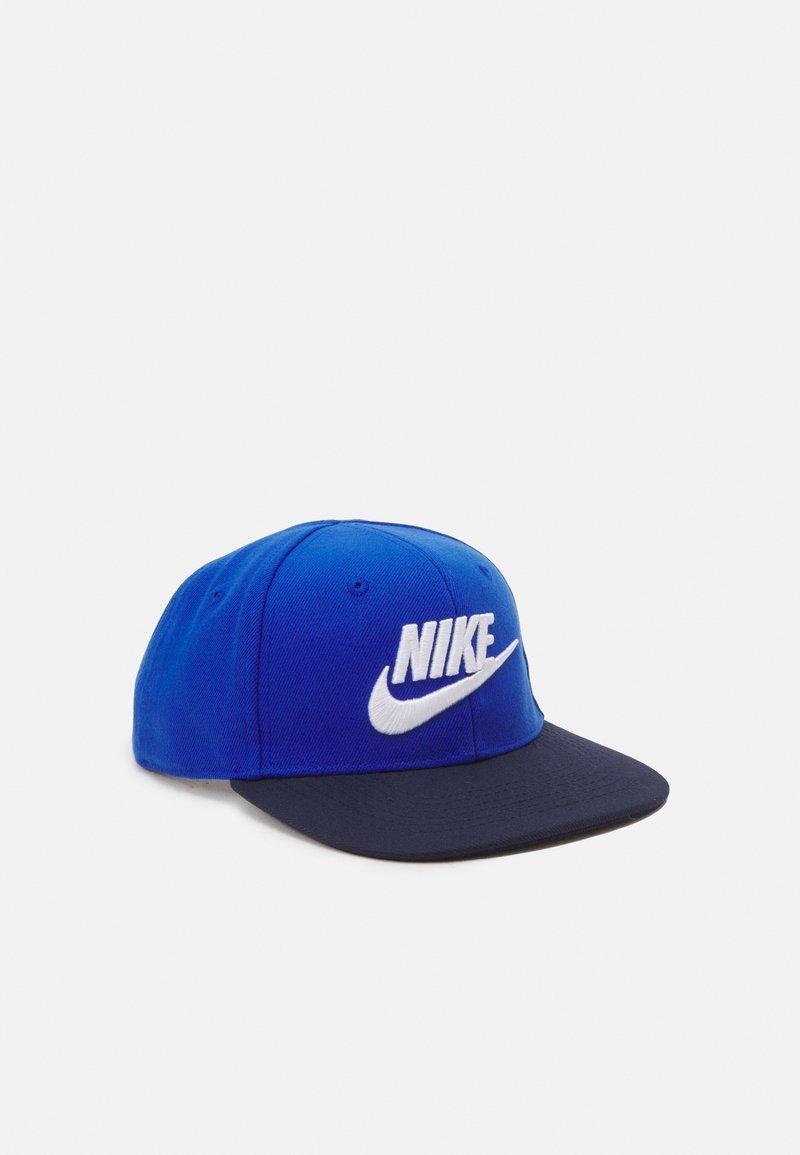 Nike Sportswear - TRUE LIMITLESS UNISEX - Cap - game royal