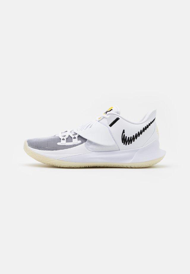 KYRIE LOW 3 - Basketbalové boty - white/black