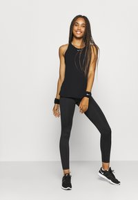Nike Performance - AEROADAPT TANK - Camiseta de deporte - black - 1