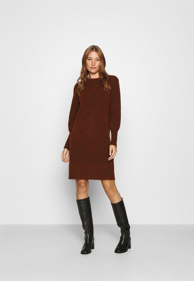 SLFSIF KAYA DRESS O NECK - Stickad klänning - smoked