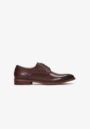 ARCADIO - Stringate eleganti - brown