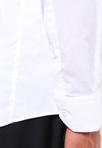 HUGO - ENIN EXTRA SLIM FIT  - Formální košile - open white - 4