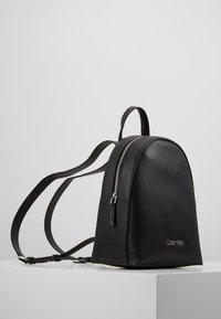 Calvin Klein - MUST BACKPACK - Rucksack - black - 3