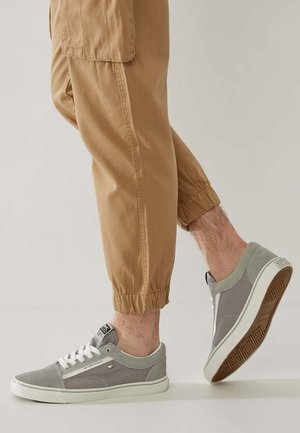 MACK - Sneakersy niskie - light grey/white