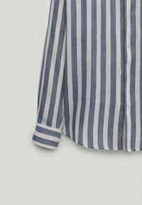 Massimo Dutti - Shirt - blue-black denim - 5