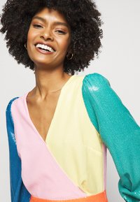 Olivia Rubin - DANNII DRESS - Cocktailkleid/festliches Kleid - multi-coloured - 3