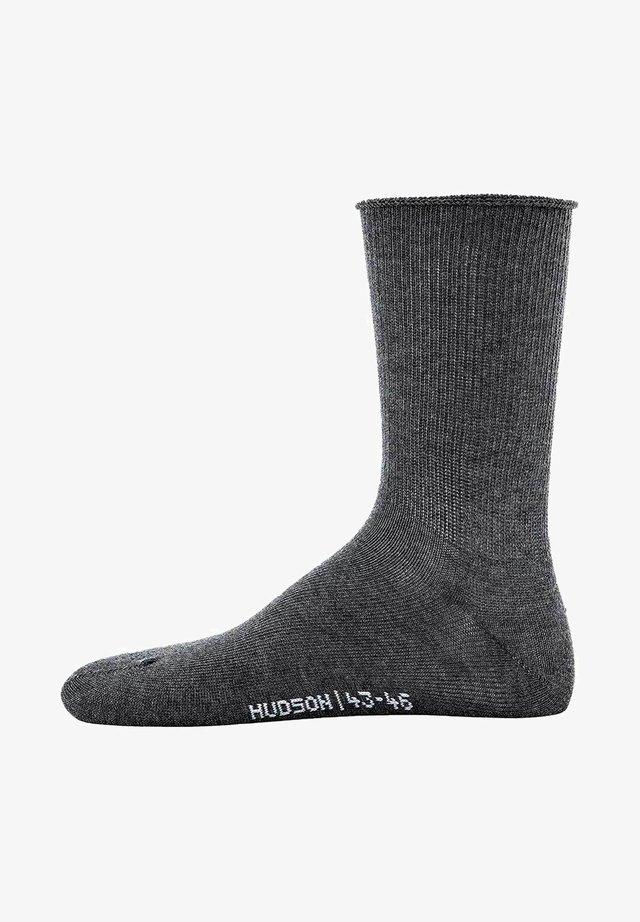 RELAX SOFT - Socks - grau